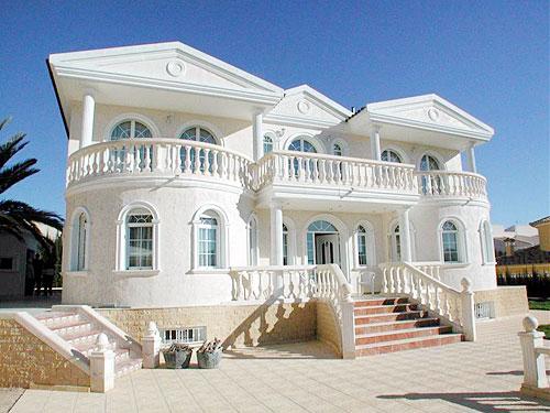 Huizen in suriname - De mooiste gevels van huizen ...