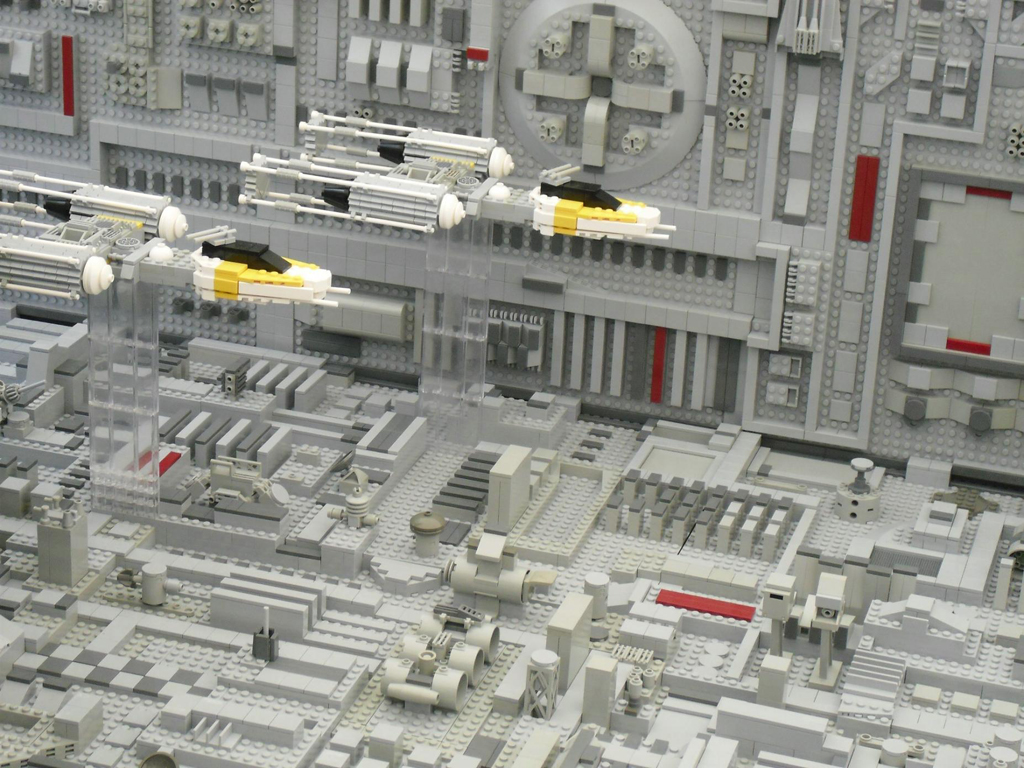 MOC: jaw dropping star wars diorama: Death Star Trench